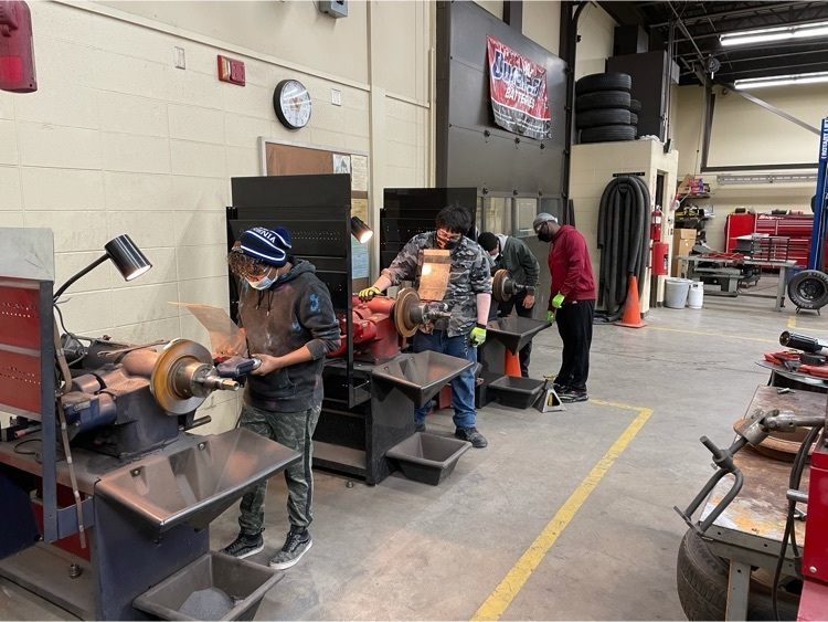 Students in Auto Service using the Brake Lathes
