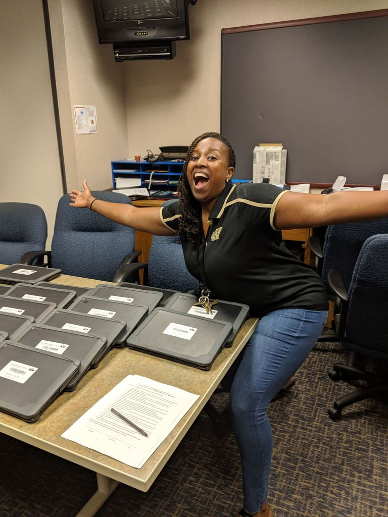 Chromebooks Are In At REN!