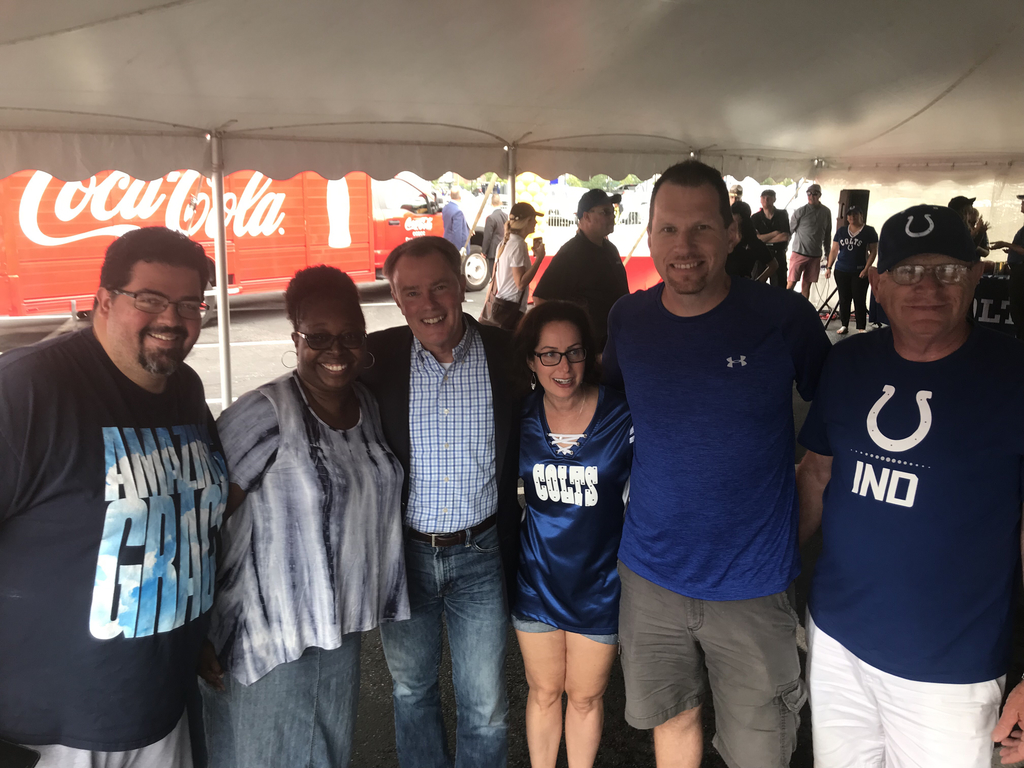 Lakeside represented at the Colts Teacher Appreciation Tailgate